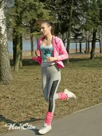 Фитнес тренировки для женщин, которые тренируют сердце