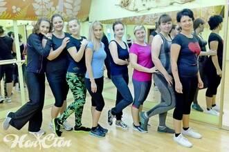 Клиенты фитнес клуба Нон-стоп, Витебск, с тренером Марковой Анастасией