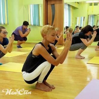 Хатха йога в фитнес клубе Нон-стоп в Витебске