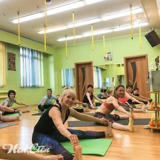 Тренировка по программе Здоровая спина в фитнес клубе Нон-стоп в Витебске