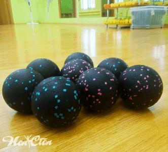 На фото мячи для МФР в фитнес клубе Нон-стоп в Витебске