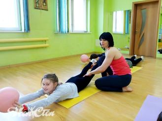 Детский фитнес с мячом в витебском фитнес клубе Нон-стоп