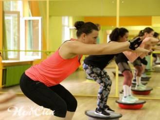 Тренировка ног на балансировочной платформе с Еленой Федотовой - тренером клуба Нон-стоп, Витебск