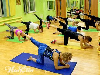 Тренировка по пилатесу с использованием оборудования для МФР в витебском фитнес клубе Нон-стоп