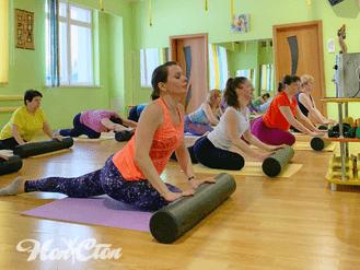 """Тренировка по программе """"Здоровая спина"""" с оборудованием для МФР в витебском фитнес клубе Нон-стоп"""