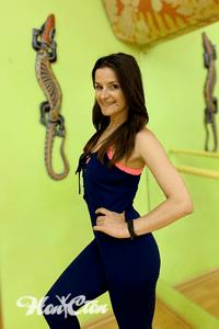 Илона Акола - тренер по стретчингу, йоге, пилатесу и силовому тренингу витебского фитнес клуба Нон-стоп